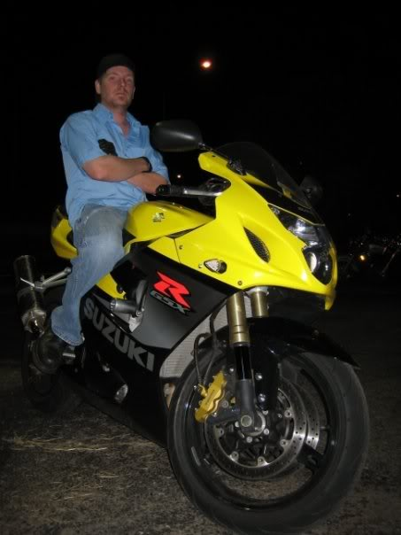 ai22.photobucket.com_albums_b340_steve831_bike.jpg