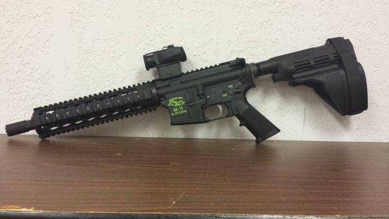 AR 15 Pistol.jpg