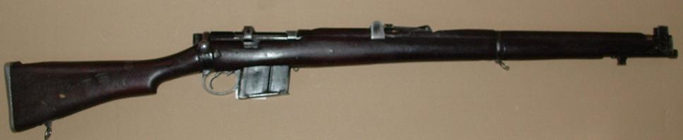 aupload.wikimedia.org_wikipedia_commons_d_d7_RFI_Rifle_7.62mm_2A1.JPG