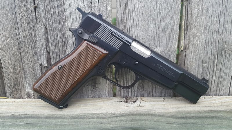 Browning Hi Power Walnut.jpg