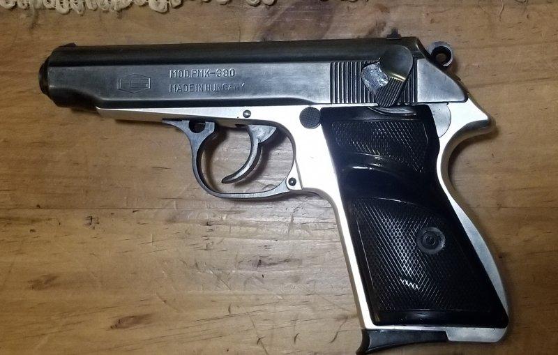 Cass gun.jpg