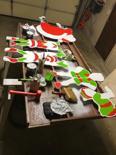 santa and elves 1.jpg